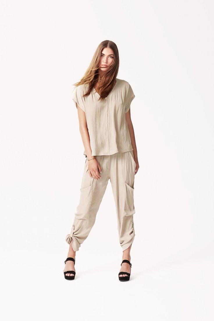 It's still Summer weather in Brisbane with 30+ degree days so this outfit is perfect- cool and chic. Mela Purdie Cruise T teamed with Soft Cargo pants, both in Sand but available in a range of colours.