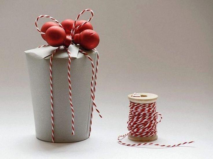 DIY-Anleitung: Geschenkbox aus Pappbechern basteln via DaWanda.com