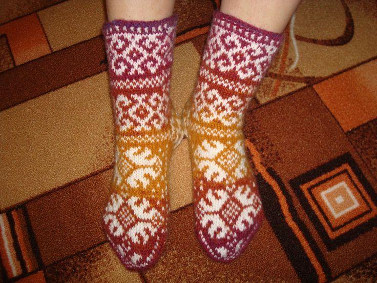 Мое вязание-носочки.... схема рядом..