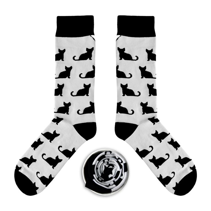 Model: Jasno szare skarpety w czarne koty Seria: All my friends are dead [|] #cupofsox #skarpetki #skarpetka #socks #sock #womensocks #mensocks #koloroweskarpetki [|]