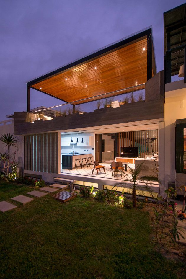 S House By Romo Arquitectos In Lima Peru Container House Rooftop Terrace Design Modern Beach House