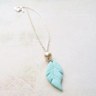 Collier « Plume Pastel » collier et pendentif (photo 1)