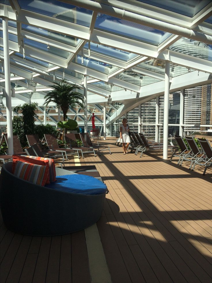 Ovation of the Seas - Adults only Solarium