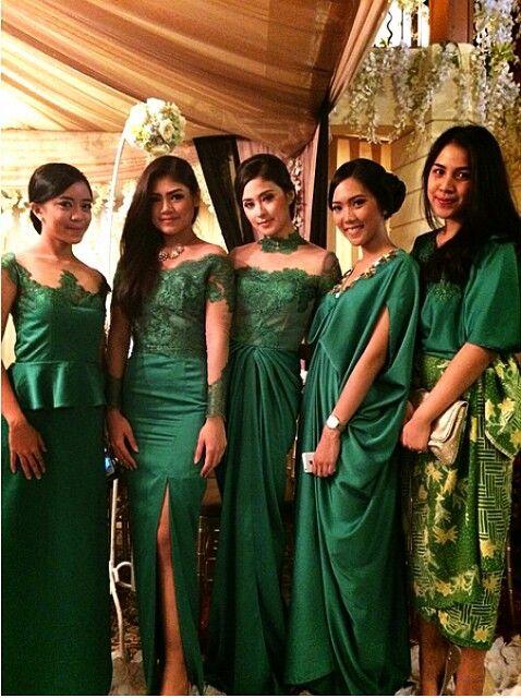 Indonesian bridesmaid