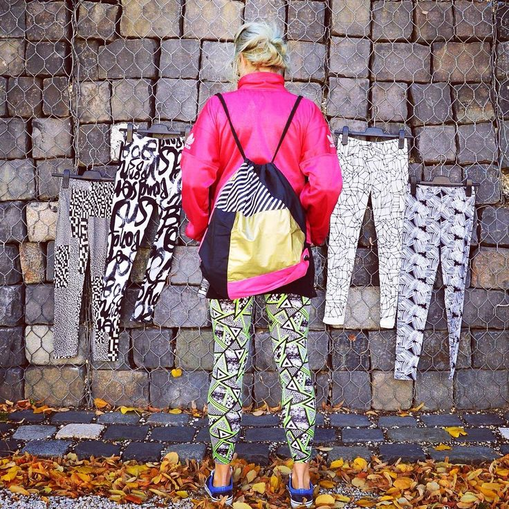 Ready for some autumn fun  #unique #print #warm #leggings #collection #geometric #blackandwhite #patterns #sporty #gymbag #style #backpack #pink #neon #streetstyle #goa #rave #macskanadrág