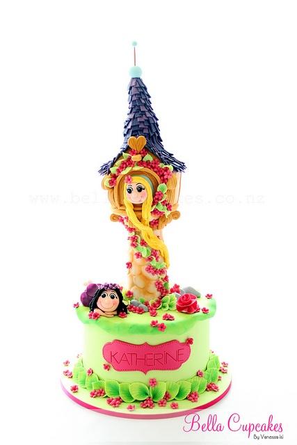 "Vanessa Iti ""Bella Cupcakes""    http://www.flickr.com/photos/bellacupcakes/7960460814/"