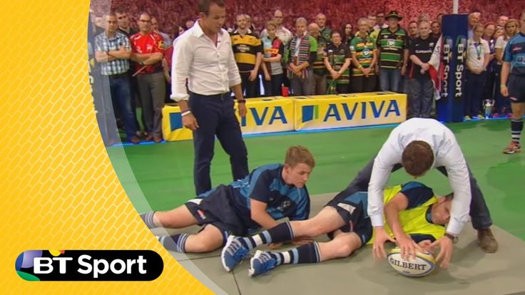 Pitch Demo: Brian O'Driscoll breakdown masterclass | Rugby Tonight
