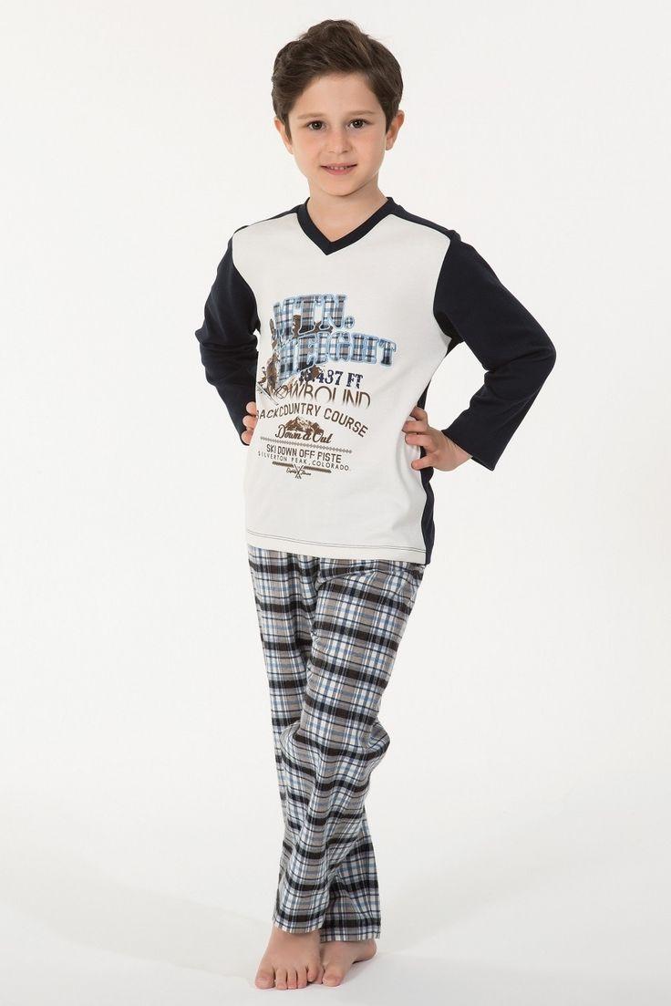 Kom Snow Çocuk Pijama Takım 53PJ60061 #markhacom #ErkekPijama #ErkekÇocukPijama #OnlineAlışveriş #İndirim #BabaOğulKombin #PijamaTakım #Aile #Sonbahar #EvKeyfi #Moda #YeniSezon #EvBotu