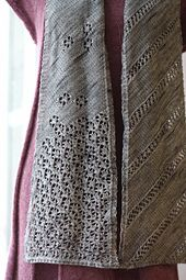 Hallayö Scarf pattern by Sanna Hyvönen / Sudrana.