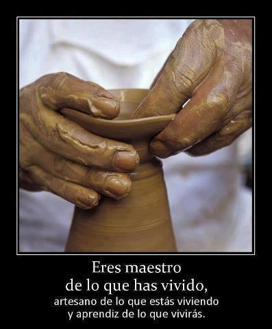Las manos son testigos de muestras creaciones