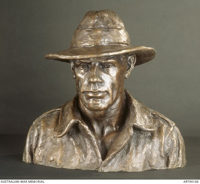Wallace Anderson, Australian soldier, c. 1926, bronze, 47 x 53 x 40 cm