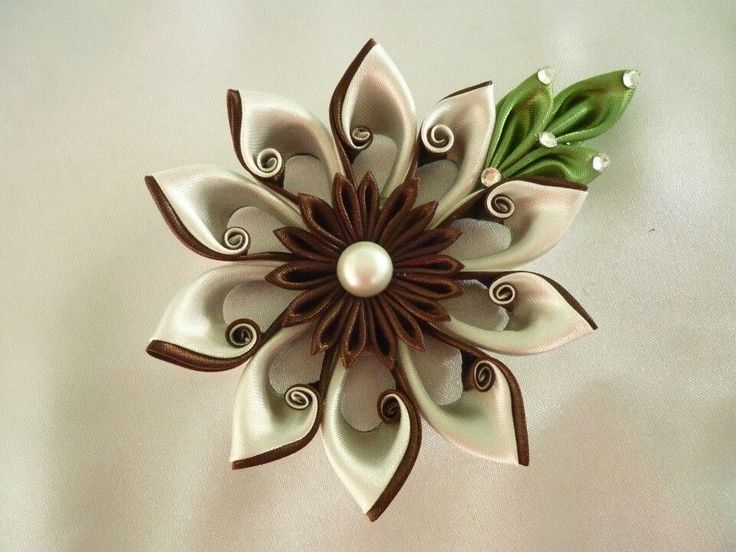 kanzashi brown curly