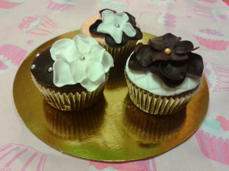 Virágos muffinok