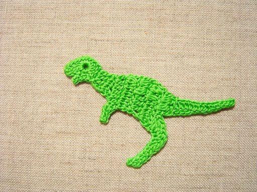 恐竜のモチーフを作ってみました。モデルはティラノサウルスです。ちょっと迫力には欠けますが・・・^^;編み図です↓かぎ針編みの編み方の基礎はこちら↓を参考に...