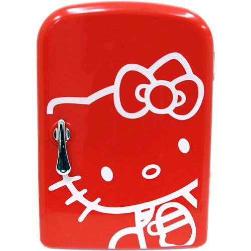 Hello Kitty Mini Fridge - I wish I could have this in my office !!!