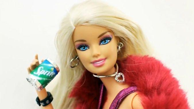 Поделки: Делаем банки газировки для кукол