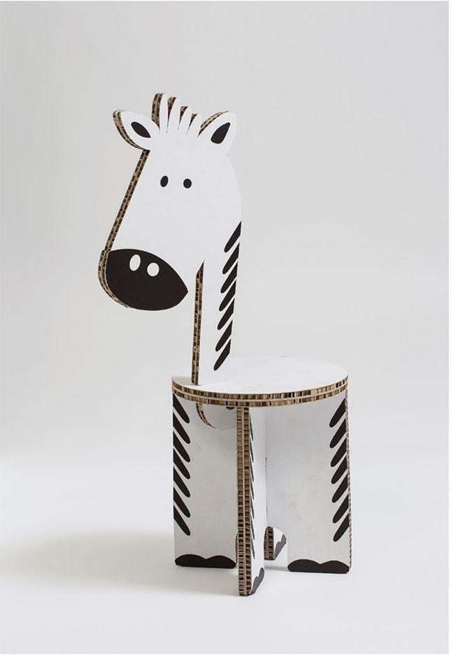 Стул-зебра из картона: