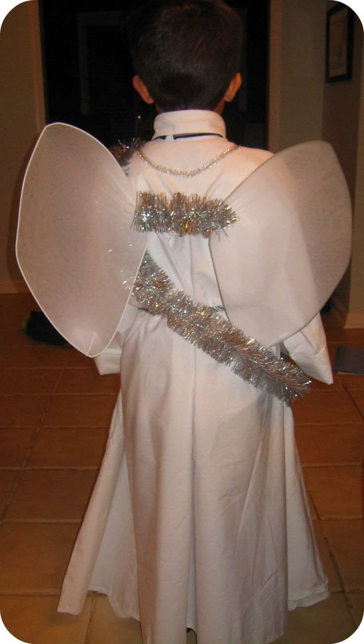 "At 4 pm:   ""Jackie, I need an angel costume by tonight""  The 6 year old I watch needed an angel costume for his school play. No problem...ex..."