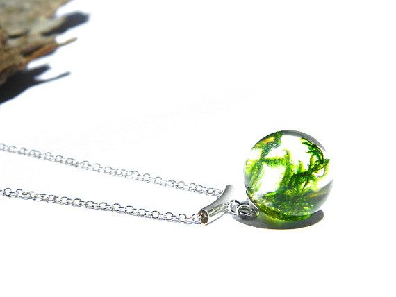 moss resin sphere necklace