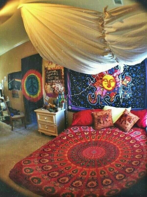 Trippy bedroom future room pinterest bedroom for Future bedroom ideas