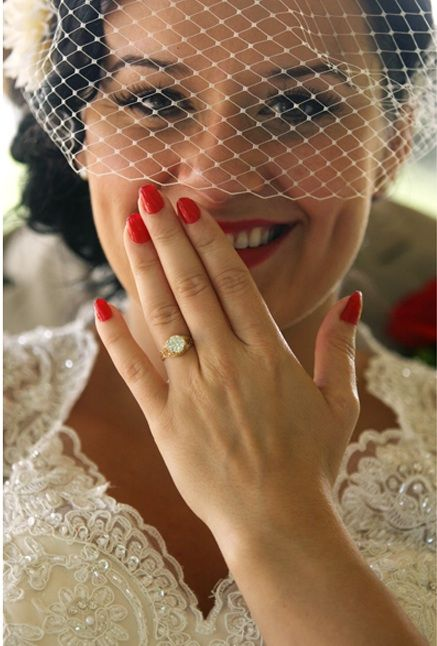 Beautiful red nails and photograph idea to show off your ring for wedding :)