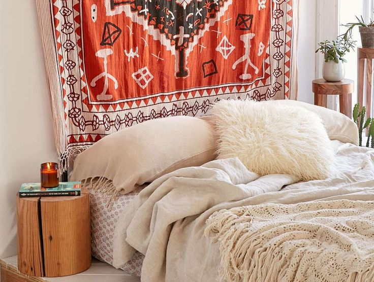 If You Just Moved Into College A Diy Dorm Headboard Is The Perfect Way To Kick Off Your Dorm Room Attire Check Out These Ways To Upgrade Your Headboard