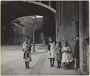 Children of the Rocks, Sydney 1912 surrounded by sandstone.