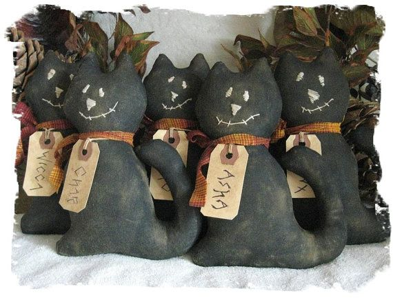 """Primitive """"The 5 Whimsical Kats of Halloween"""" Ornie/Bowl Fillers E-Pattern on Etsy, $3.95"""