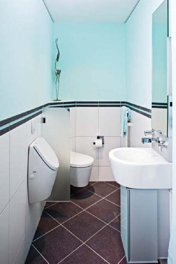 Schmales Gaste Wc Im Maritimen Look Platzsparendes Eck Wc Mit Sichtschutz Urinal Waschbecken Mit Unterschrank Und Spi Eck Wc Gaste Wc Badezimmer Grundriss
