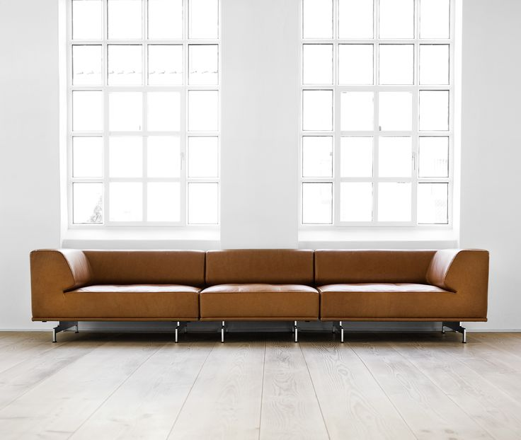 Delphi is more than just a sofa. Delphi is a dynamic approach to the sofa as a flexible and long-lasting piece of furniture. Delphi can be combined in countless ways with varying seat depths and back and armrests in two thicknesses. Delphi thus considers both body ergonomics and sensuous aesthetics, offering a sofa that can be combined and adapted to match the family's needs for years to come. #ErikJorgensen