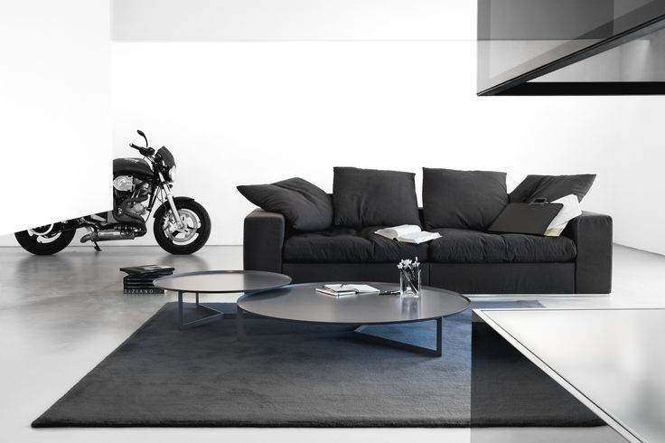 The Round 3 coffee table is a modern metal table by Meme Design. Whether on its own, or in a pair or cluster, Round will stand out in any modern setting. For more products from this brand visit www.dekoera.com