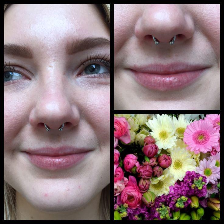Helt glad og fin septum piercing lavet på den her smuksak    Ses i dag hos Artistic 11-18 ❤