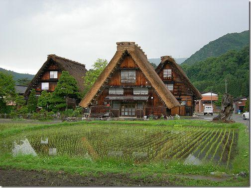 Historic Villages of Shirakawa-go and Gokayama in Gifu and Toyama prefectures