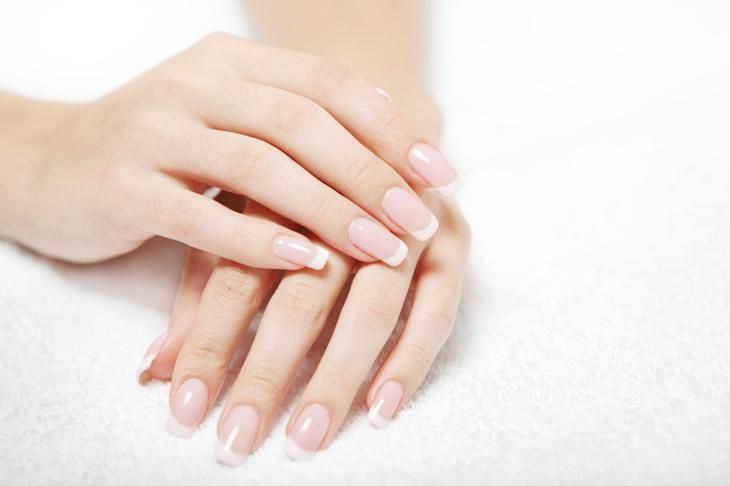 The beauty of women's hands is as important as a well-groomed face