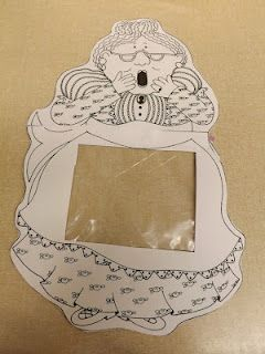 There was an old lady who swallowed a fly Retelling project using a plastic Baggie.