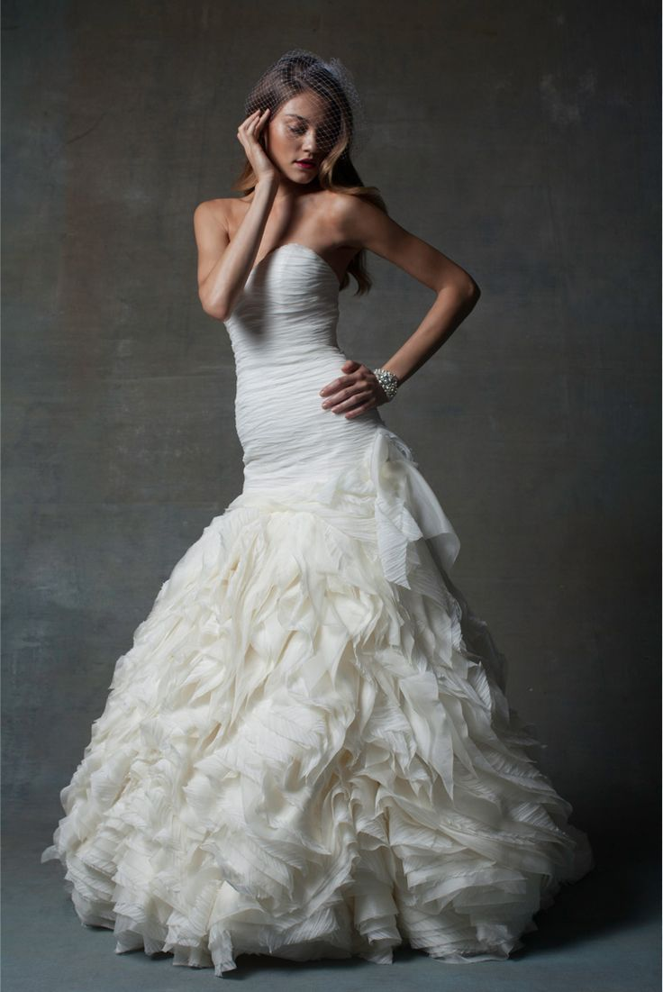 Isabelle Armstrong Wedding Dresses. http://www.modwedding.com/2014/03/11/isabelle-armstrong-wedding-dresses/ #wedding #weddings #fashion