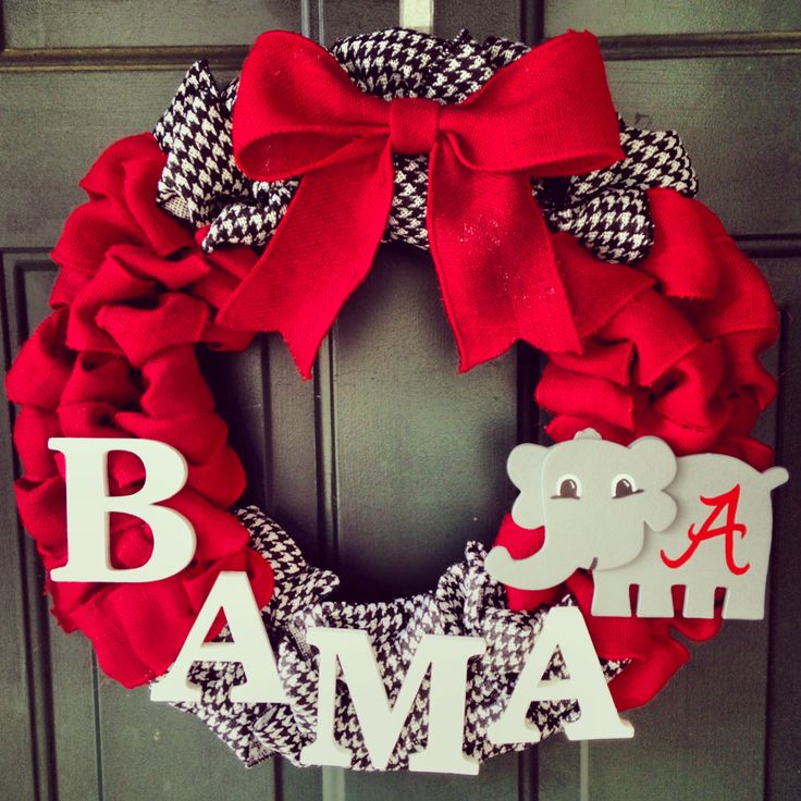 Alabama burlap wreath. Roll tide.