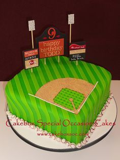 #Baseball field #cake #WWSweets