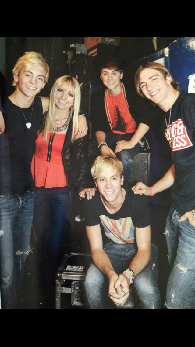 Love them R5family