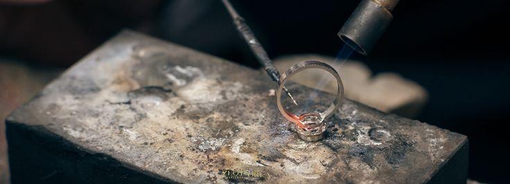 .Renowacja platynowego pierścionka z diamentem (lutowanie).