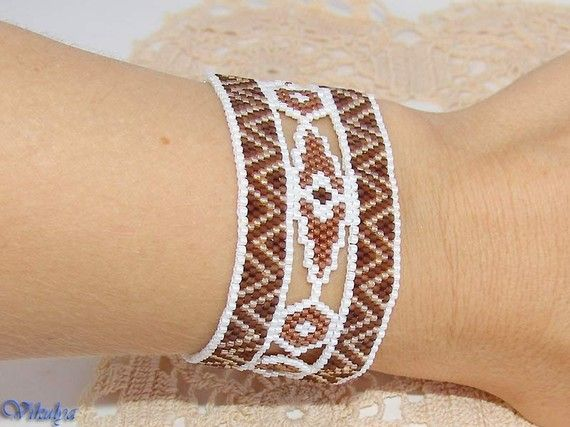 Etsy の Bracelet Coffee with milk Peyote Cuff by Vikulya