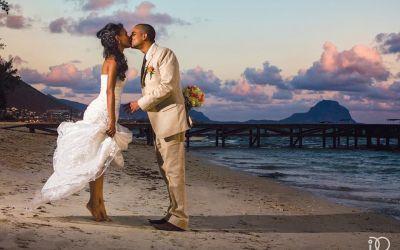 Ślub i wesele - na plaży https://slubiweselle.pl/artykuly-sponorowane/od-czego-zaczac-przygotowania-do-wesela/68-slub-i-wesele-na-plazy #ślub i #wesele na #plaży