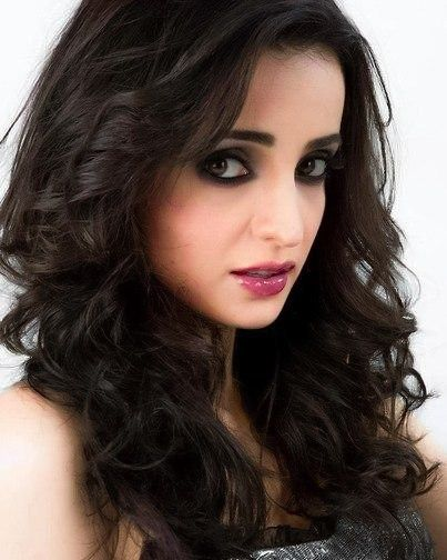 the beauty 😻💞 . . . @sanayairani
