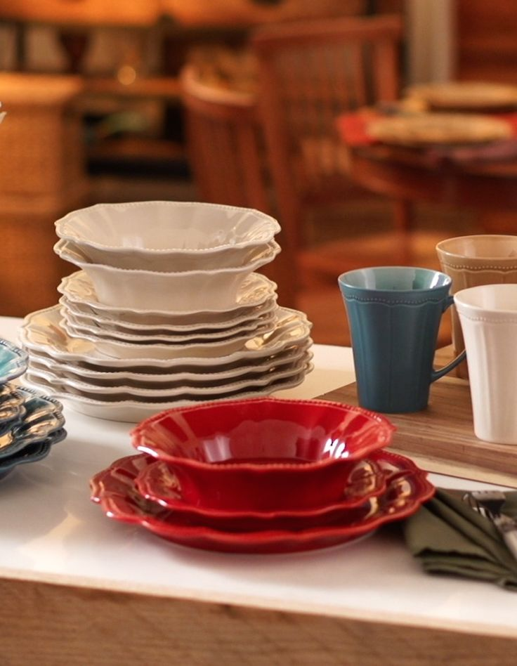 "So lovely! Details are what make the dinnerware from Ree Drummond's new Pioneer Woman collection so special. Available exclusively at Walmart, the Paige 12-piece stoneware set has intricate embossed details and a unique crackle glaze finish. The dishes are both microwave-safe and dishwasher-safe, making them perfect for everyday use. Included are four 10.75"" dinner plates, four 8"" salad plates and four 8.25"" bowls. See Ree's full line at Walmart.com/thepioneerwoman now and in your store on 9/14.:"