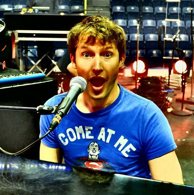 James Blunt has won the internet thanks to his Twitter account. In fact he OWNS his haters. | 24 Of James Blunt's Most Epic Twitter Comebacks