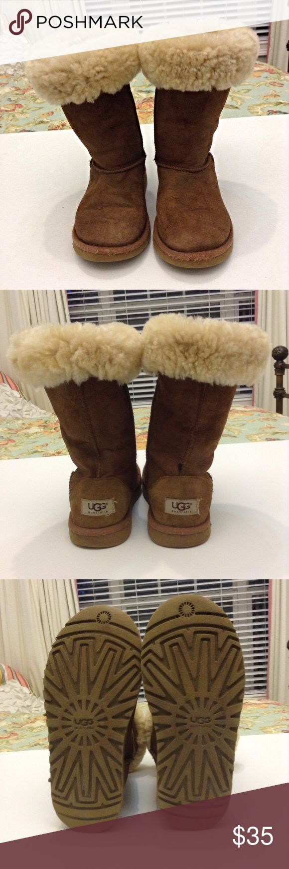 Girl's Ugg Boots Sheepskin lined and in good condition, the only flaw is a little spot on the back of the right shoe. UGG Shoes Winter & Rain Boots