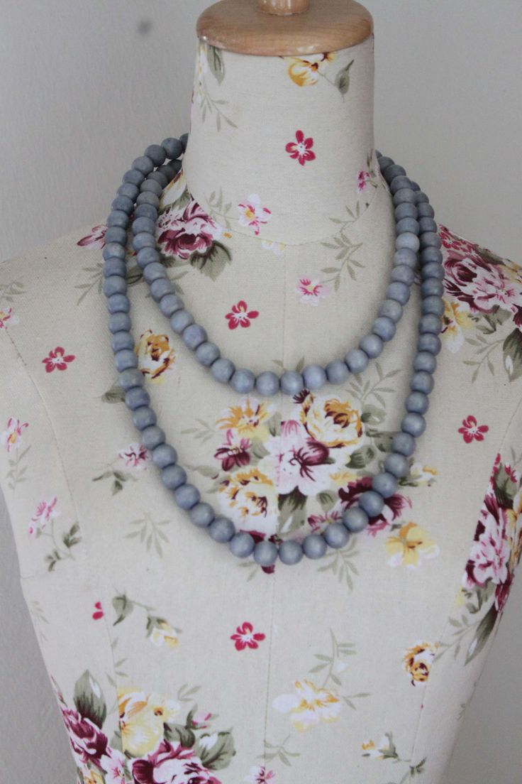 cool Wooden bead necklace