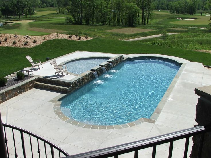 Classic Fiberglass Pool with Water Feature