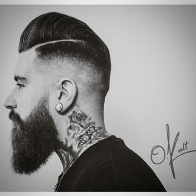 Today's goodlookoftheday has been captured by Canadian barber beast @oliverkult for this ultra high side parted pomp with a skin fade. Well executed and dressed with Layrite Super Hold for the finishing touch!