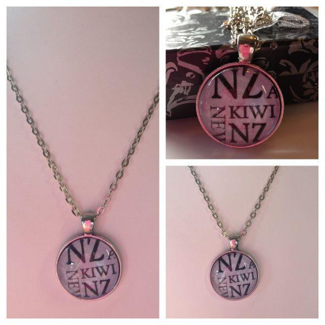 Necklaces/pendants/pendulums - Lily Rose Designz